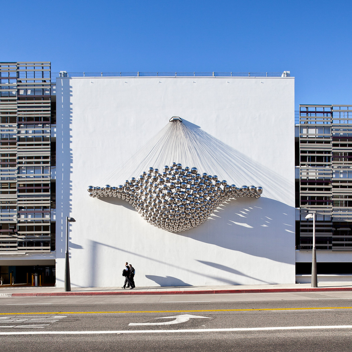 Benjamin_Ball_Public_Sculpture_Santa_Monica_web_4024